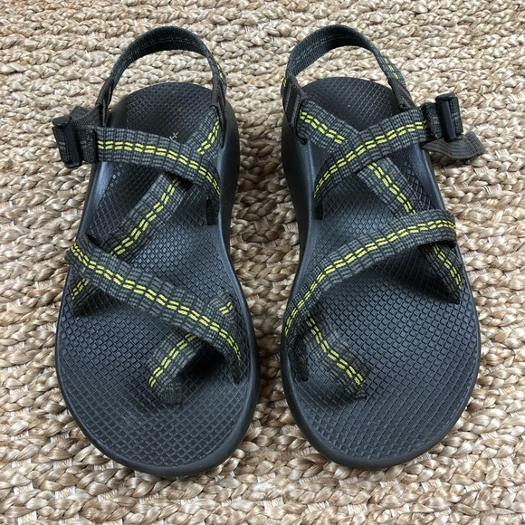 4226693c8c02 Chaco Other - Chaco Z 2 Vibram Unaweep w Toe Strap. Grey. 8